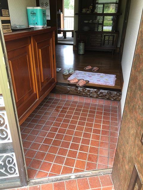 保工務店施工事例(床の張替え)